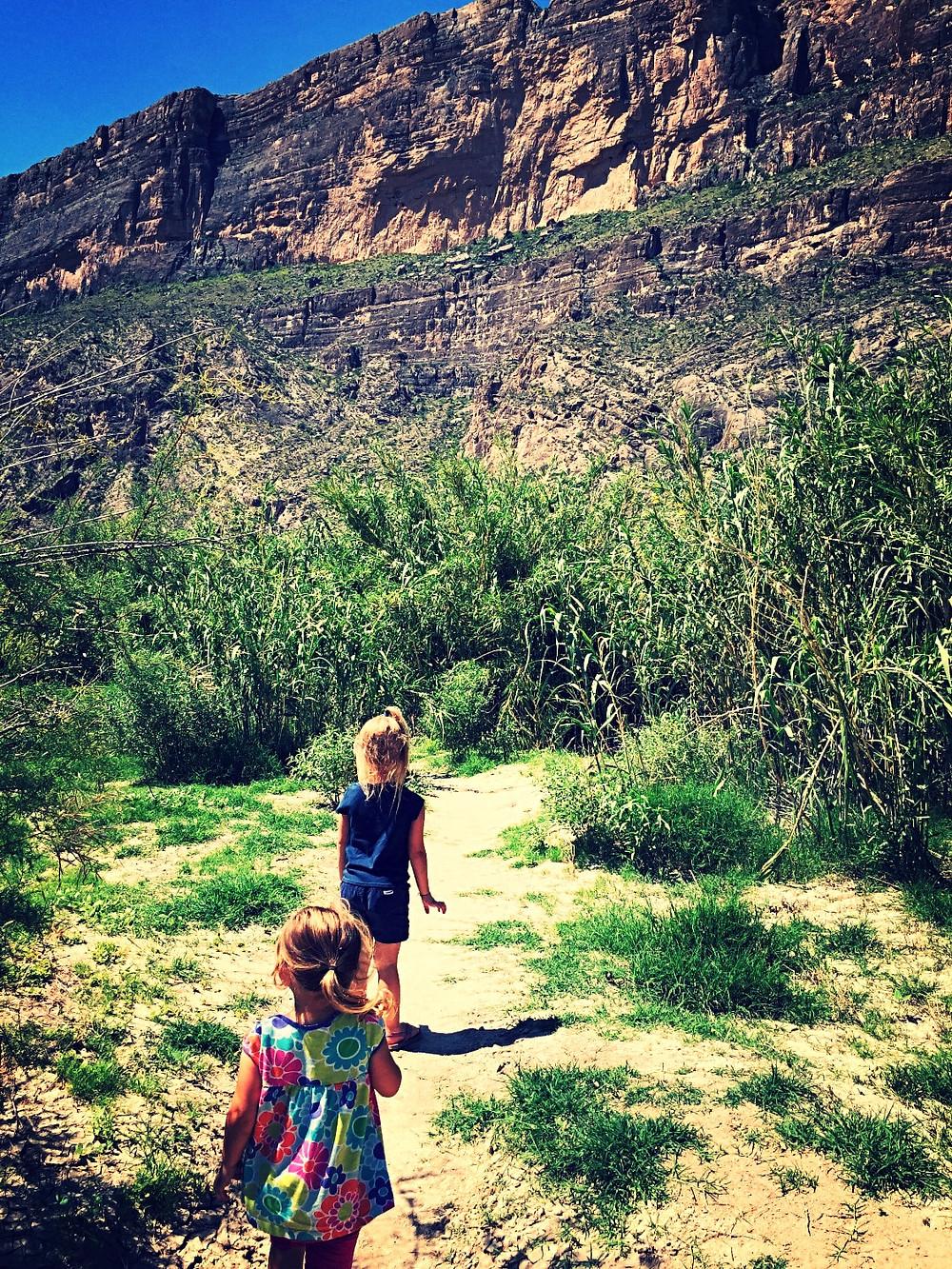 Heidi & Arie Exploring