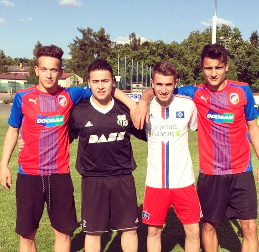 Zprava Aleš Matějů, Dominik Mašek, Martin Tran a Václav Srain