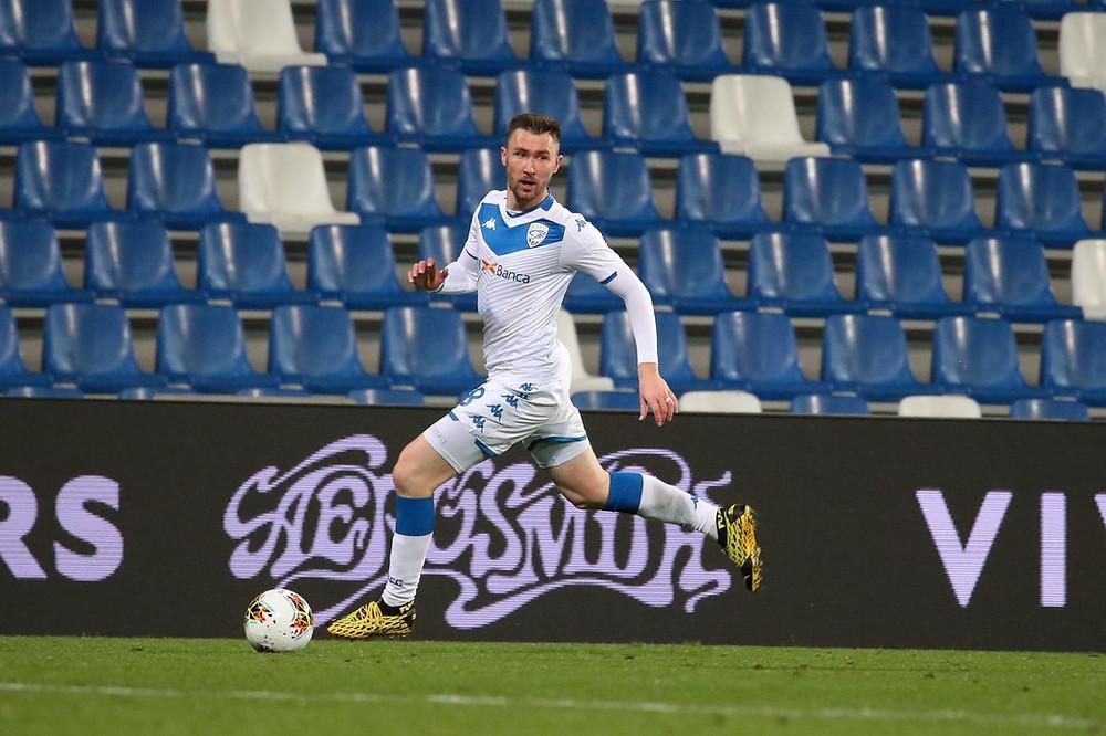 Fotbalový záložník a reprezentant, Brescia