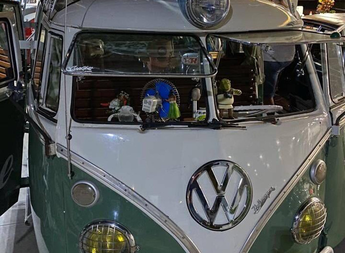 1969 VW Wedding Bus