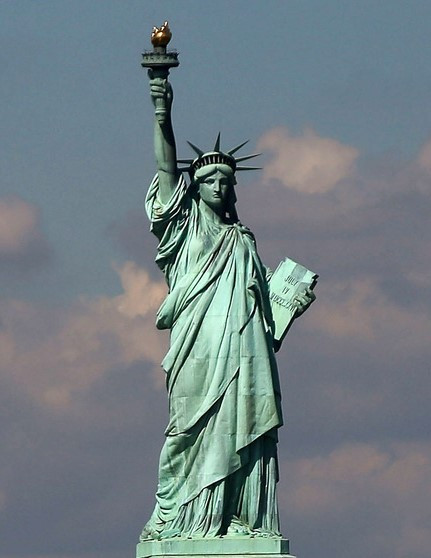 Statue of Liberty by Francisco Diez