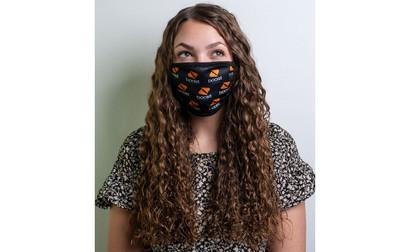 Full-Color Mask with Filter Pocket