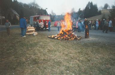 2003-Osterfeuer ehem. Sachsenstern (5).j