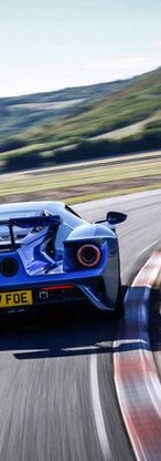 GT-Blue Action©Ford-35-OK.jpg