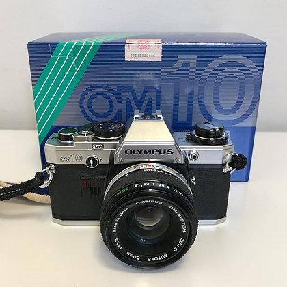 Olympus OM-10 + obiettivo 50mm