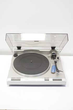 Pioneer PL-640 Turntable