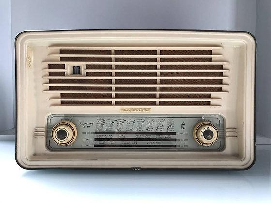 Radio Valvolare Magnadyne