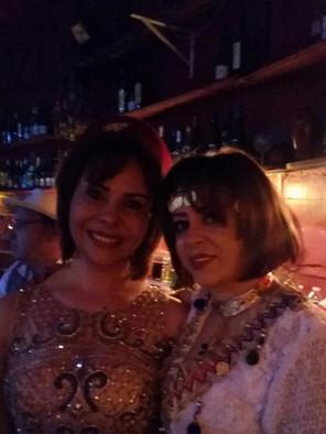 Bouchra avec Samia.jpg