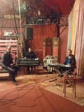 Momo Junior avec Ali et Mohamed les organistes.jpg