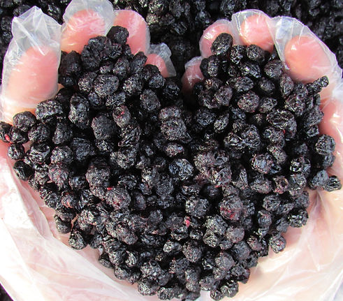 Stone Group Sweet and dried aronia heart