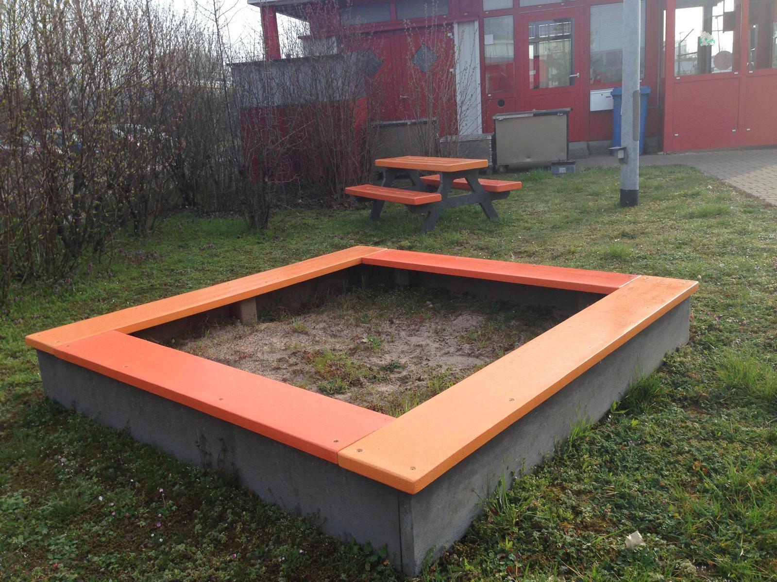 REKU Sandkasten WRE4 einfarbig