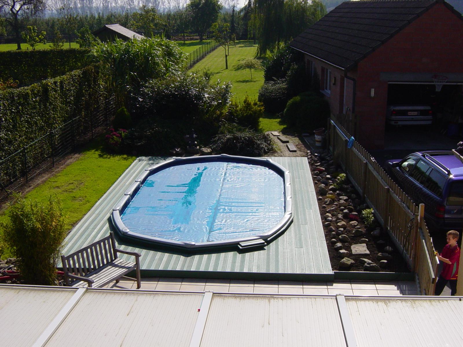 REKU Pool Deck