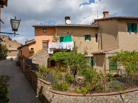 Alley in Castellina, Chianti