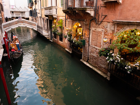 Dinner by the Canal, Venice