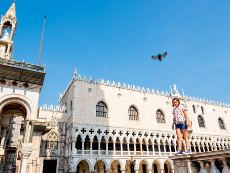 Flying with the Pigeons, Piazza San Marco
