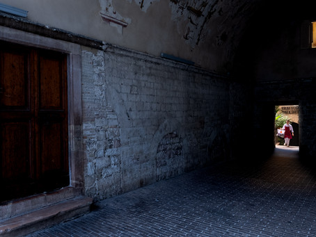 Alley Delivery, Assisi