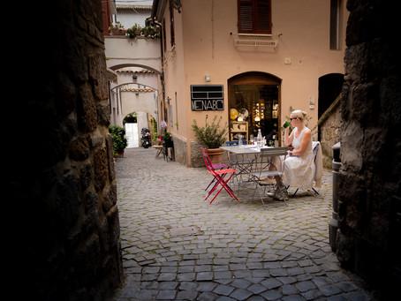 Alley Dining in Orvieto