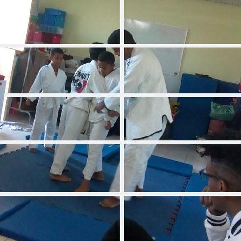 Cota para 1 Kimono jiu-jitsu adulto GG com faixa branca :: Semeando Amor - H