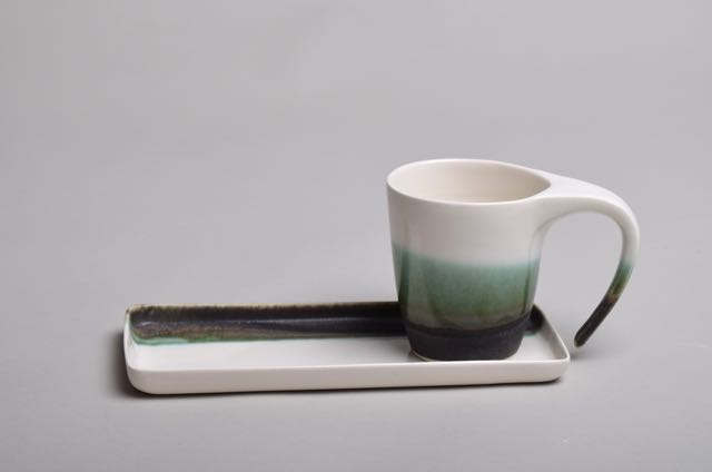 Plate and cup by Thordis