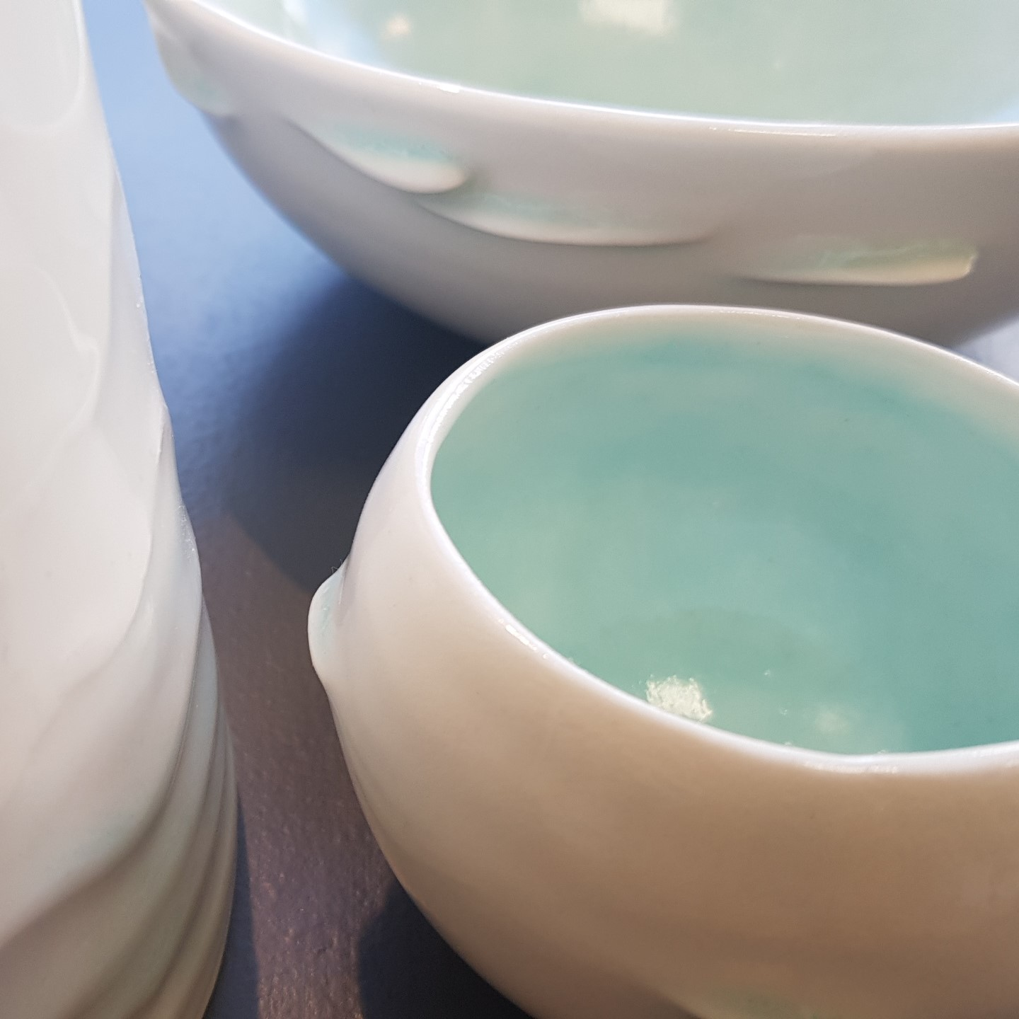 turquoise and white by Thordis