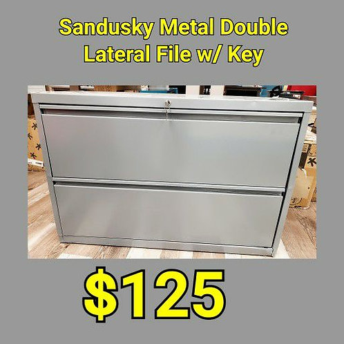 Sandusky Metal Double Lateral File w/ Key w/ Dent to Top