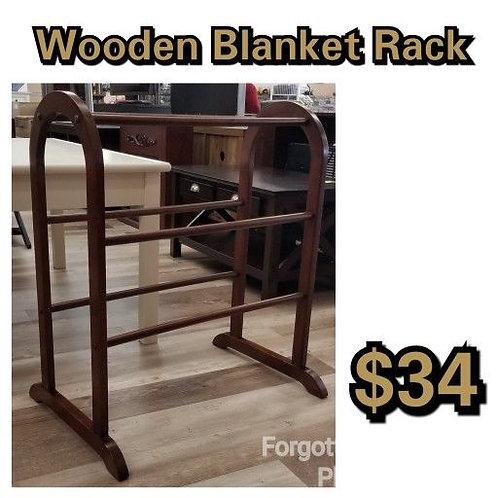 Wooden Blanket Rack: Cherry Finish