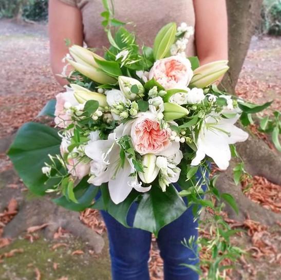Bouquet de mariée rose blanc Atelier Lav