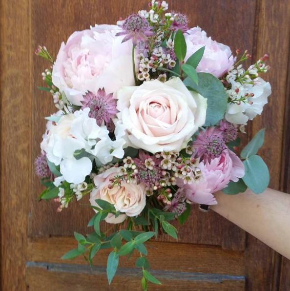 Bouquet de mariée rose mauve Atelier Lav