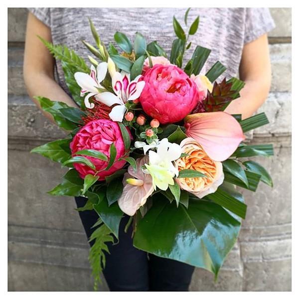 Bouquet de mariée tropical Atelier Lavar