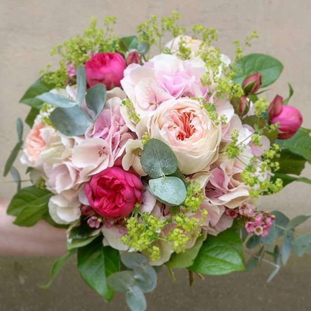 Bouquet de mariée camaïeu de rose Atelie