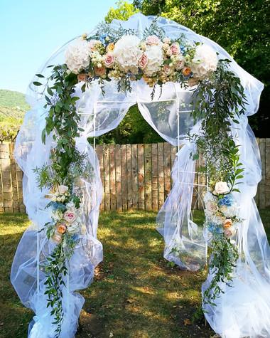 Arche florale cérémonie laïque