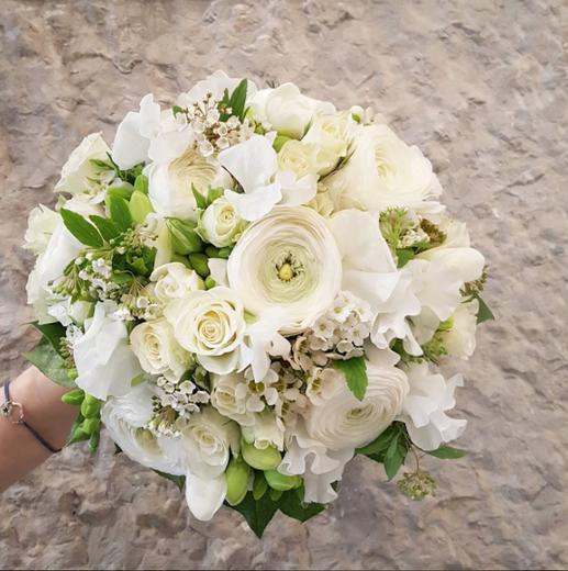 Bouquet de mariée rond blanc Atelier Lav
