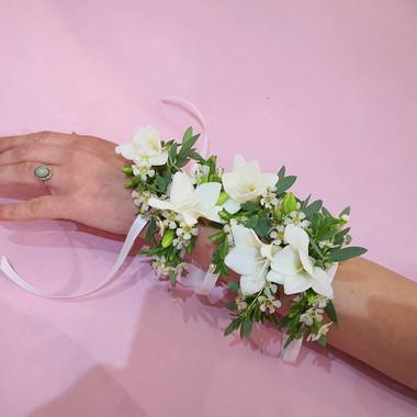 Bracelet de fleurs freesia wax