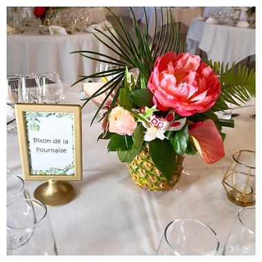 Centre de table tropical ananas