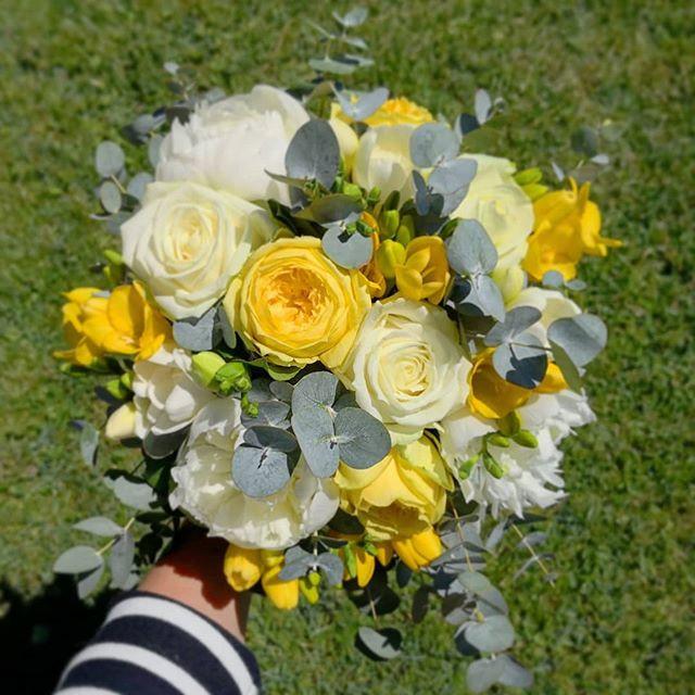 Bouquet de mariée ivoire jaune Atelier L