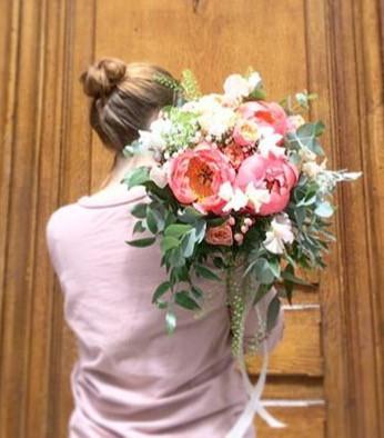 Bouquet de mariée pivoine corail Atelier