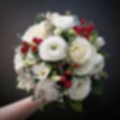 Bouquet de mariée d'hiver blanc rouge At