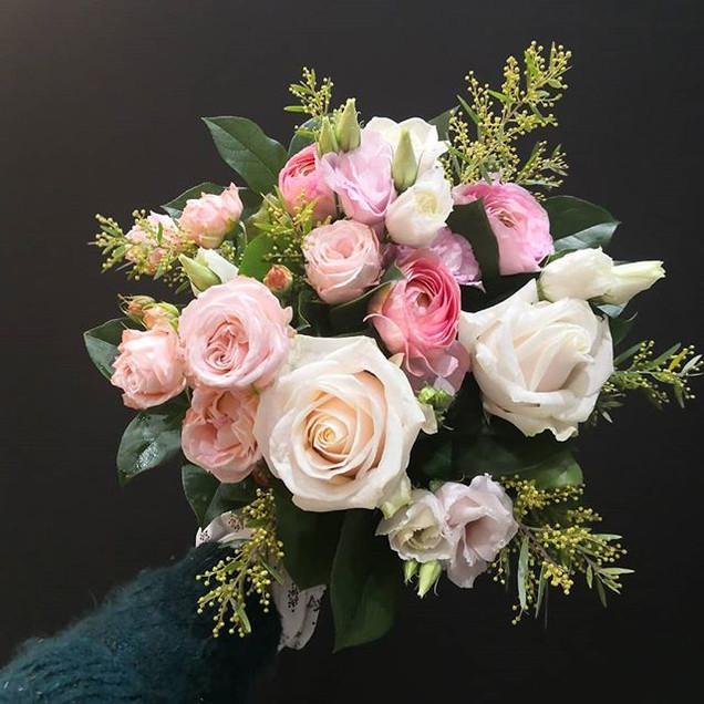 Bouquet du jour 🌸_._._#atelierlavarenne