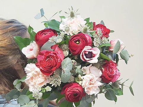 Bouquet_de_mariee_Rouge_poudre_Atelier_L