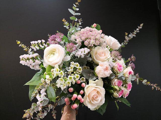 Bouquet de mariée bohème Atelier Lavaren