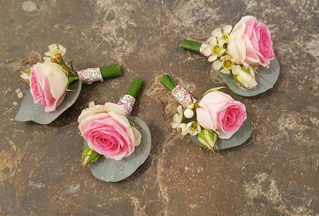Boutonnière rose Atelier Lavarenne