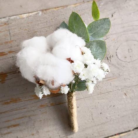 Boutonnière coton gypso euclayptus Atelier Lavarenne