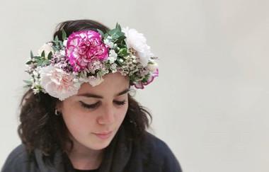 Grande couronne de fleurs