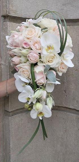 Bouquet-de-mariee_cascade_Ivoire_Rose_po