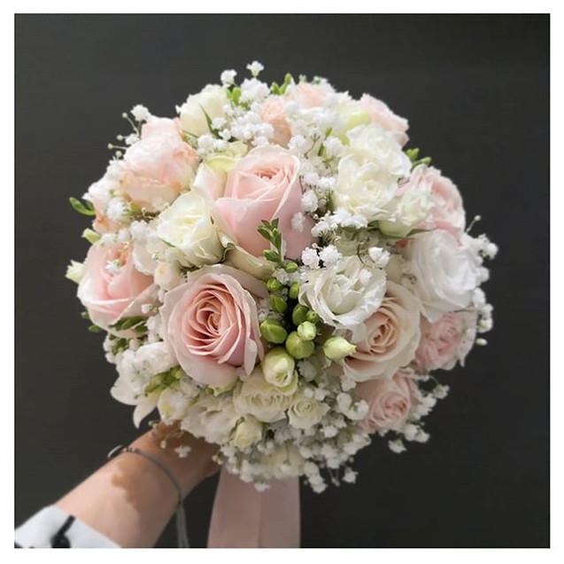 Et pour notre 3ème mariée _ un bouquet t