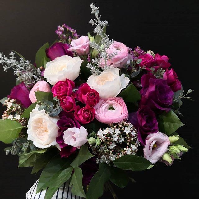Bouquet-de-mariee-rose-prune-ivoire_Atel