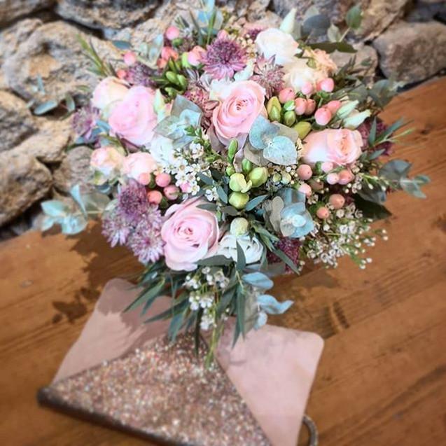 Bouquet de mariée poudré mauve Atelier L