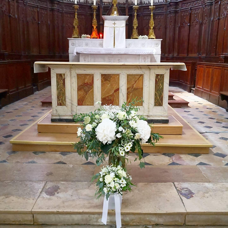 Bouquet d'église bouquet à la vierge Ate