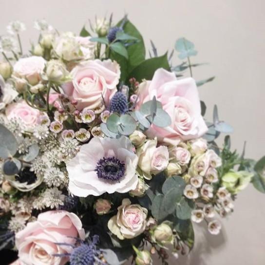 Bouquet de mariée rose poudré bleu Ateli