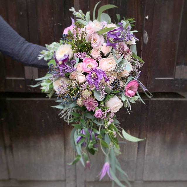 Bouquet-de-mariee_Cascade_Rose_Mauve_aut